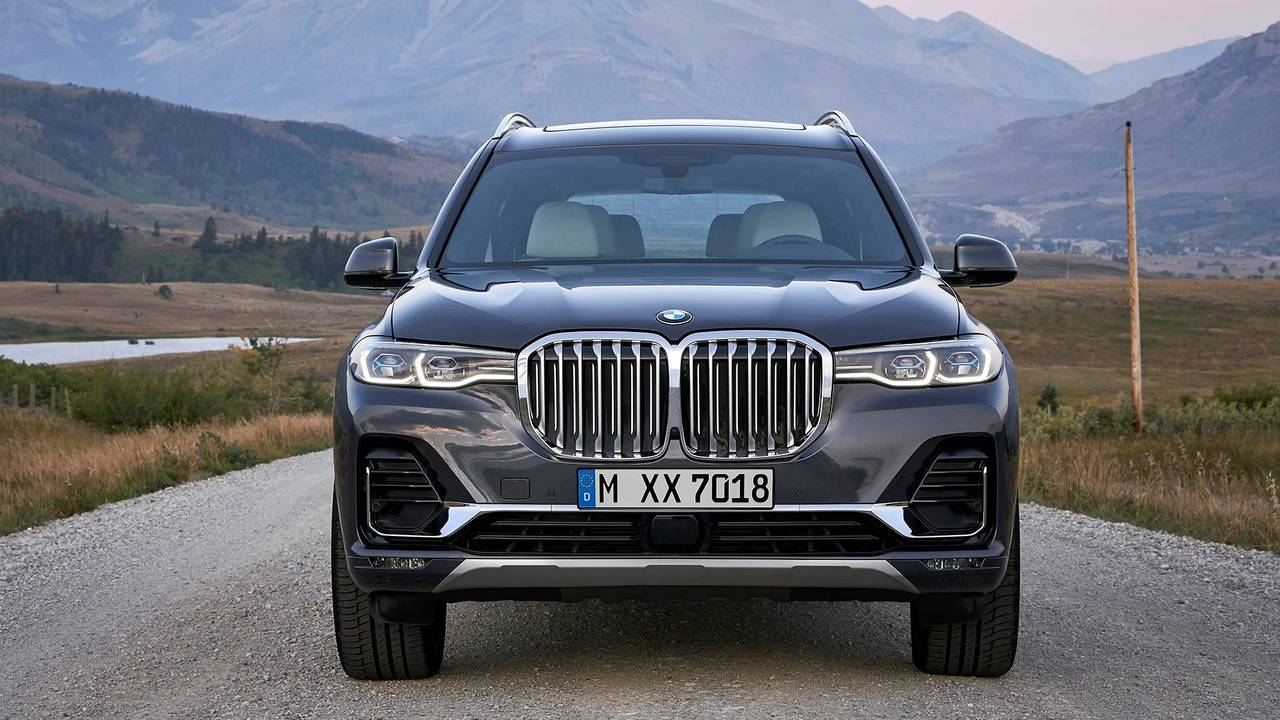 2019-bmw-x7-so-sanh-1.jpg
