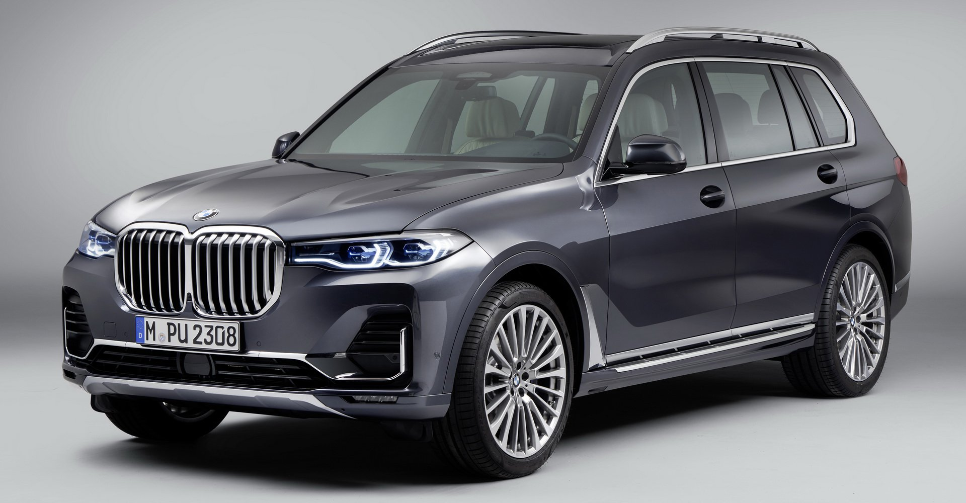 so-sanh-bmw-x7-vs-mercedes-gls-1.jpg