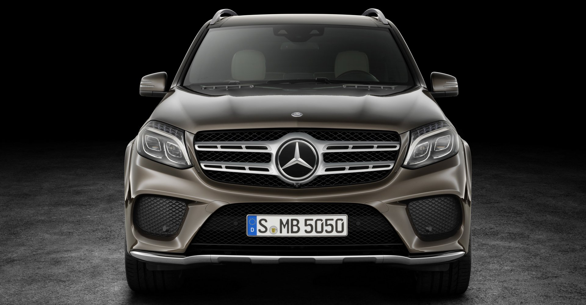 so-sanh-bmw-x7-vs-mercedes-gls-8.jpg