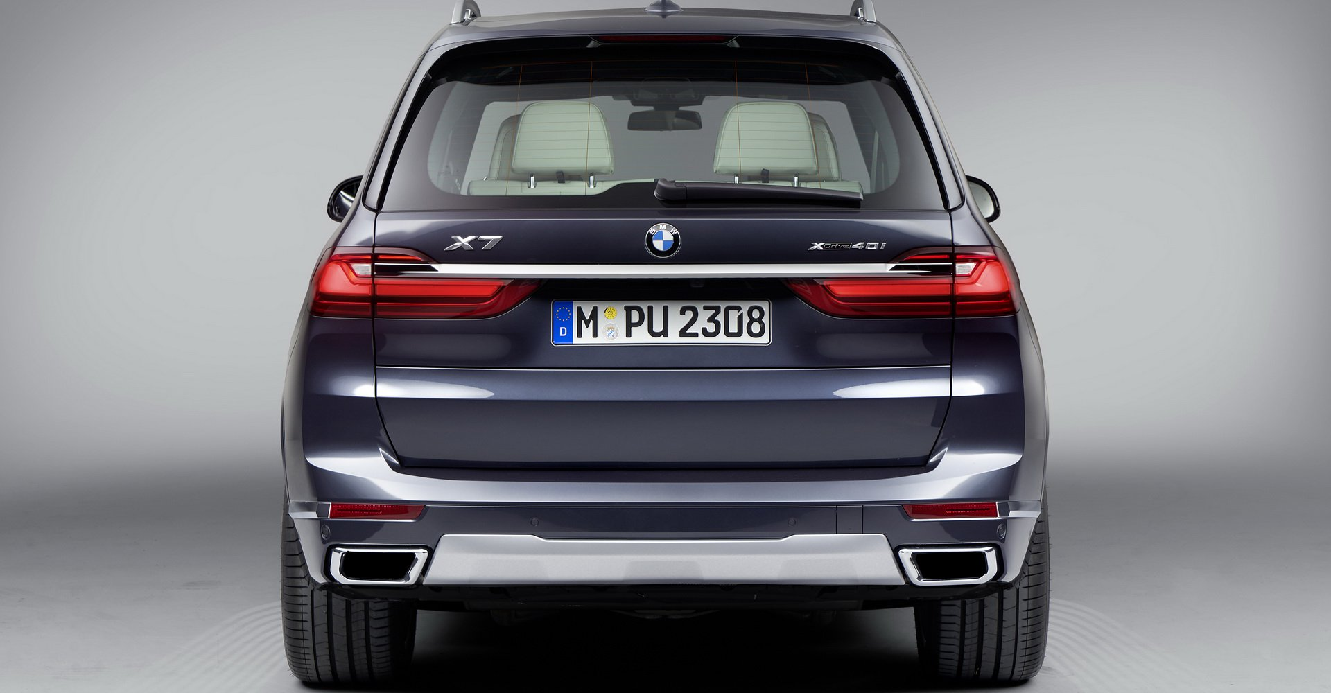 so-sanh-bmw-x7-vs-mercedes-gls-9.jpg