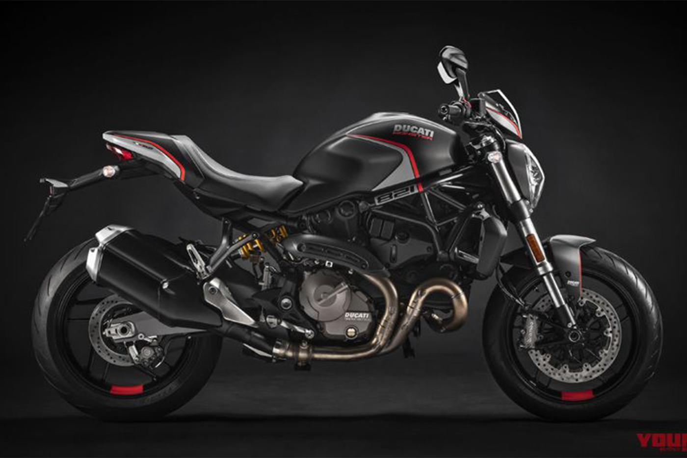 ducati-monster-821-stealth-2019.jpg