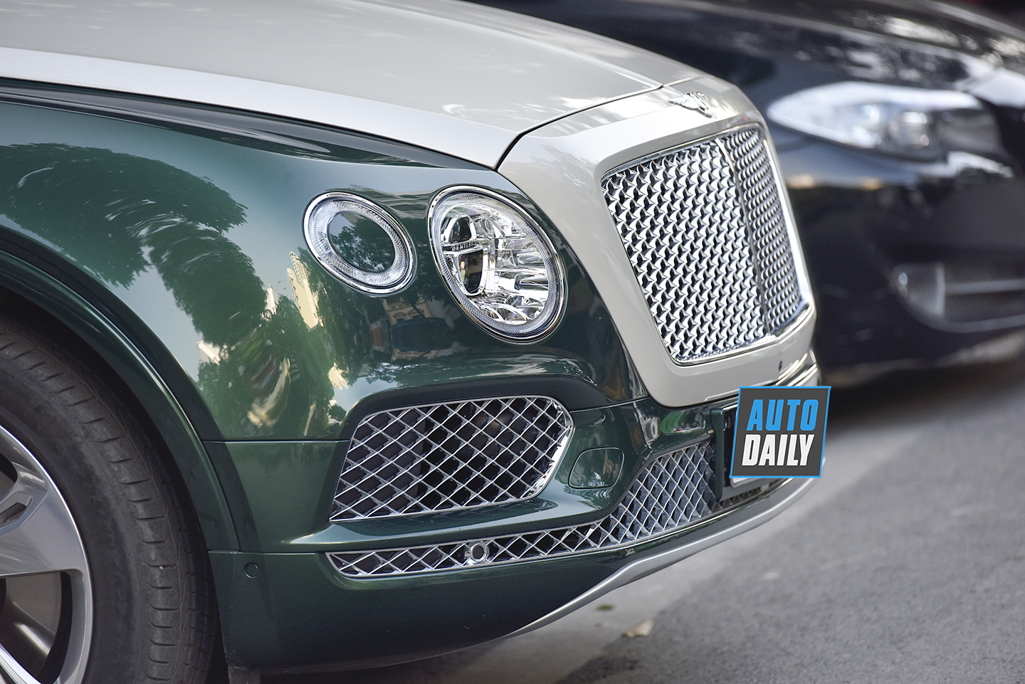 bentley-bentayga-autodaily-dsc8250-copy.jpg