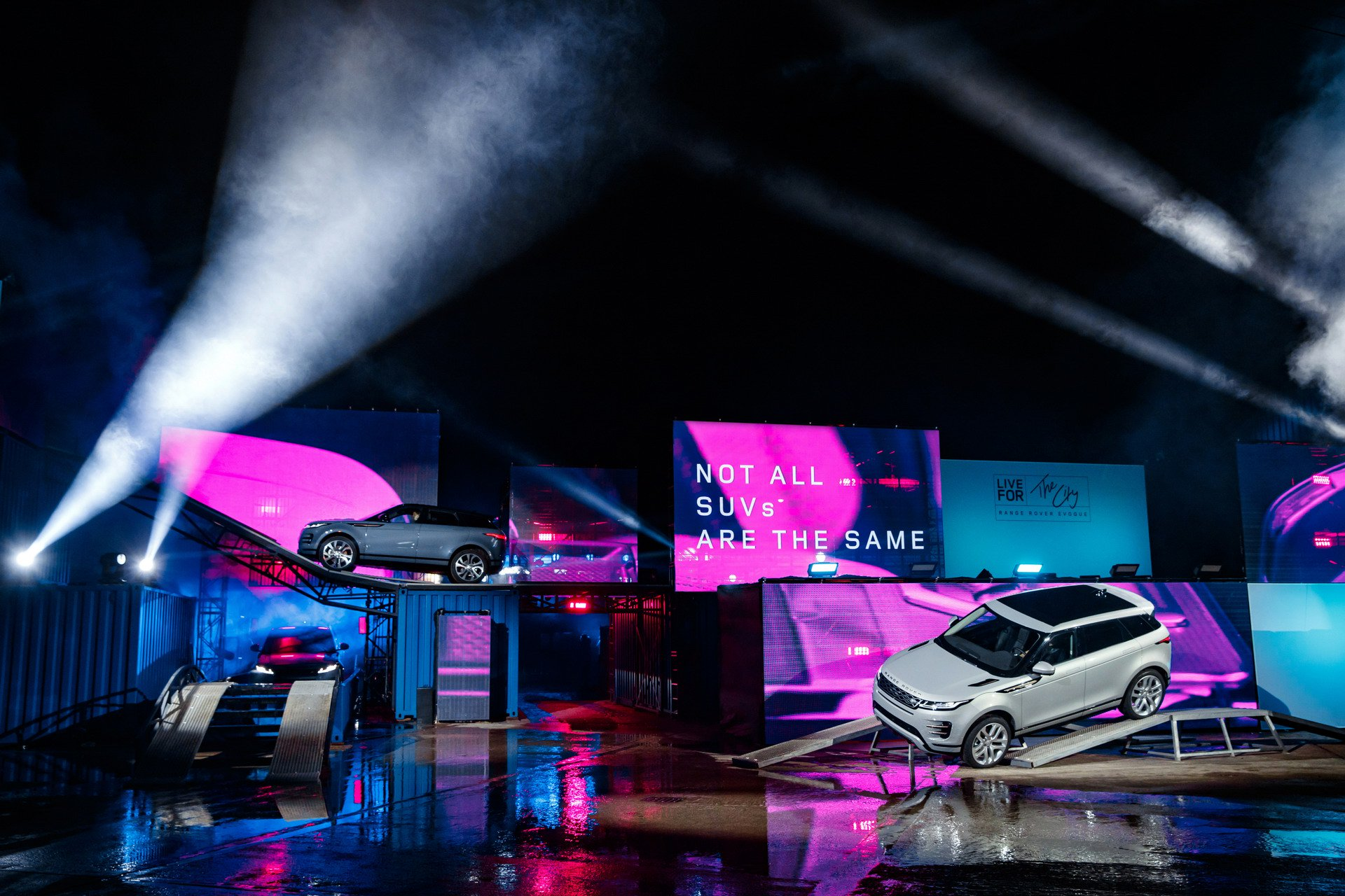 2020-range-rover-evoque-2.jpg