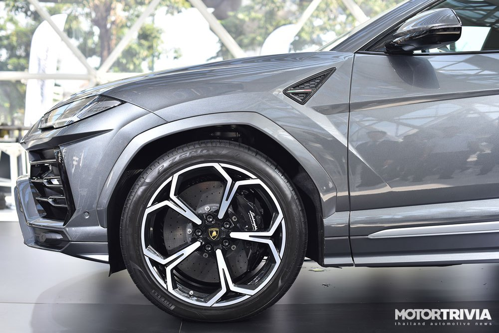 13-lamborghini-urus-launches-in-thailand.jpg