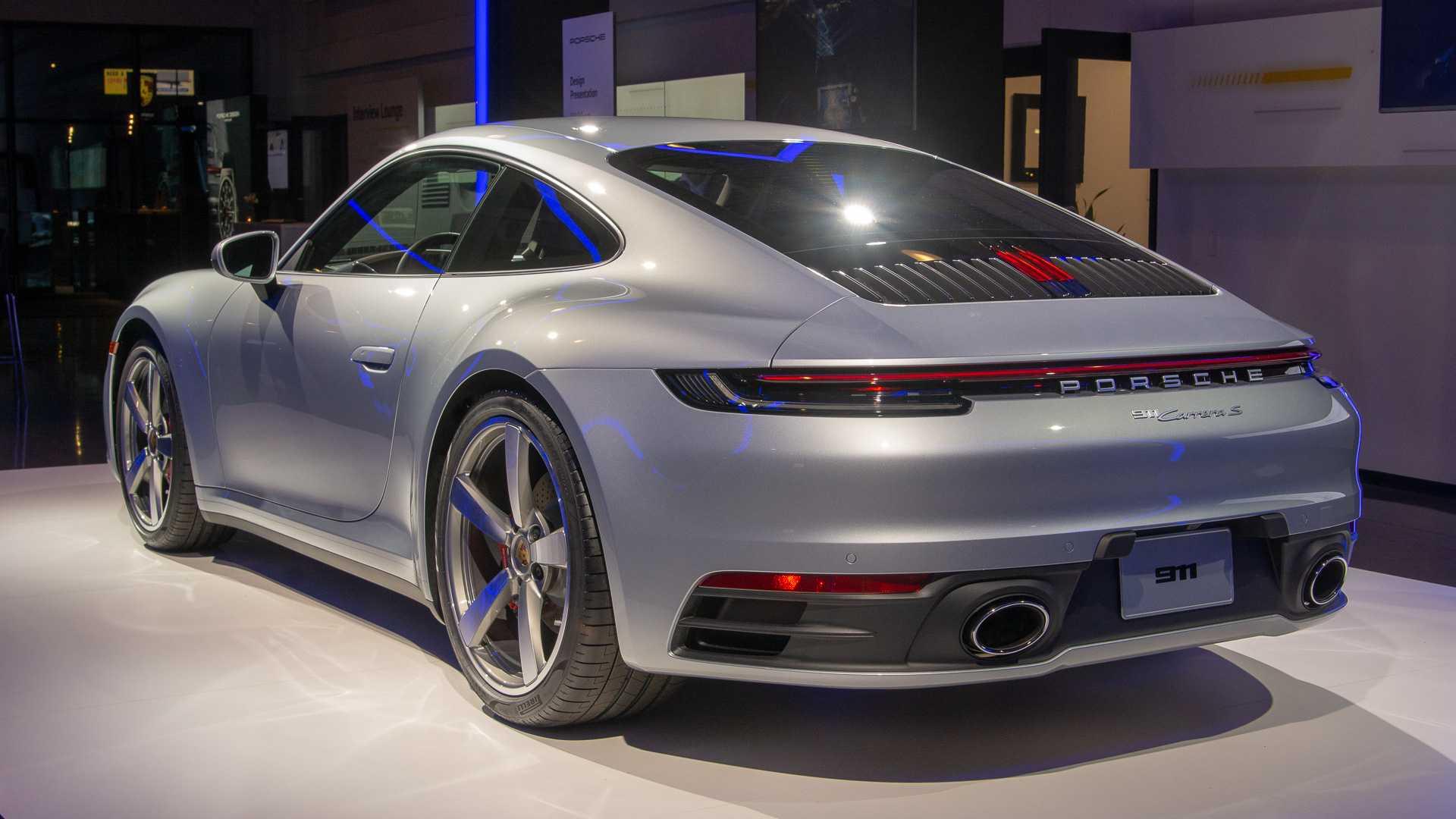 2020-porsche-911-carrera-s-1.jpg