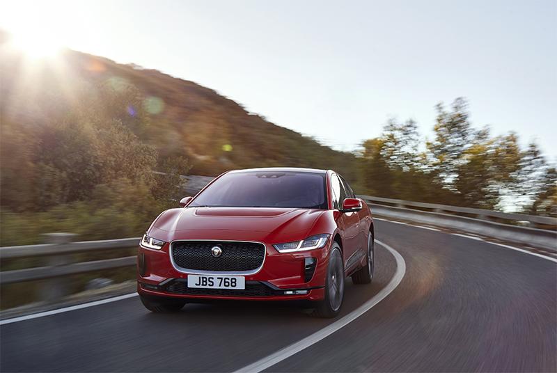 jaguar-tung-mau-xe-dien-dau-tien-autodaily-vn.jpg