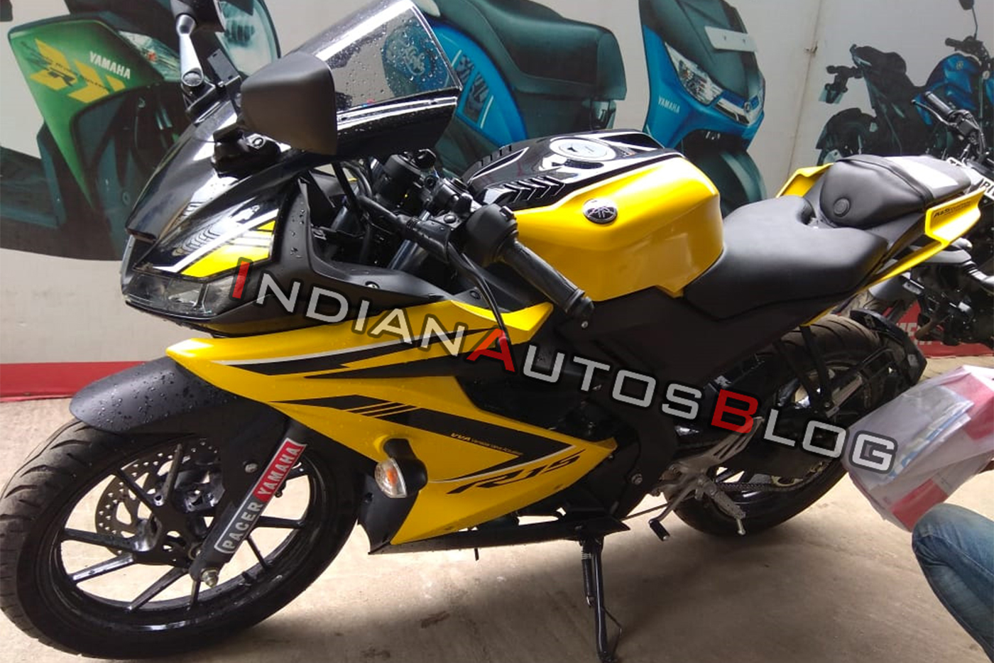 yamaha-r15-v3-0-customised-yellow-colour-front-lef-d574-1.jpg