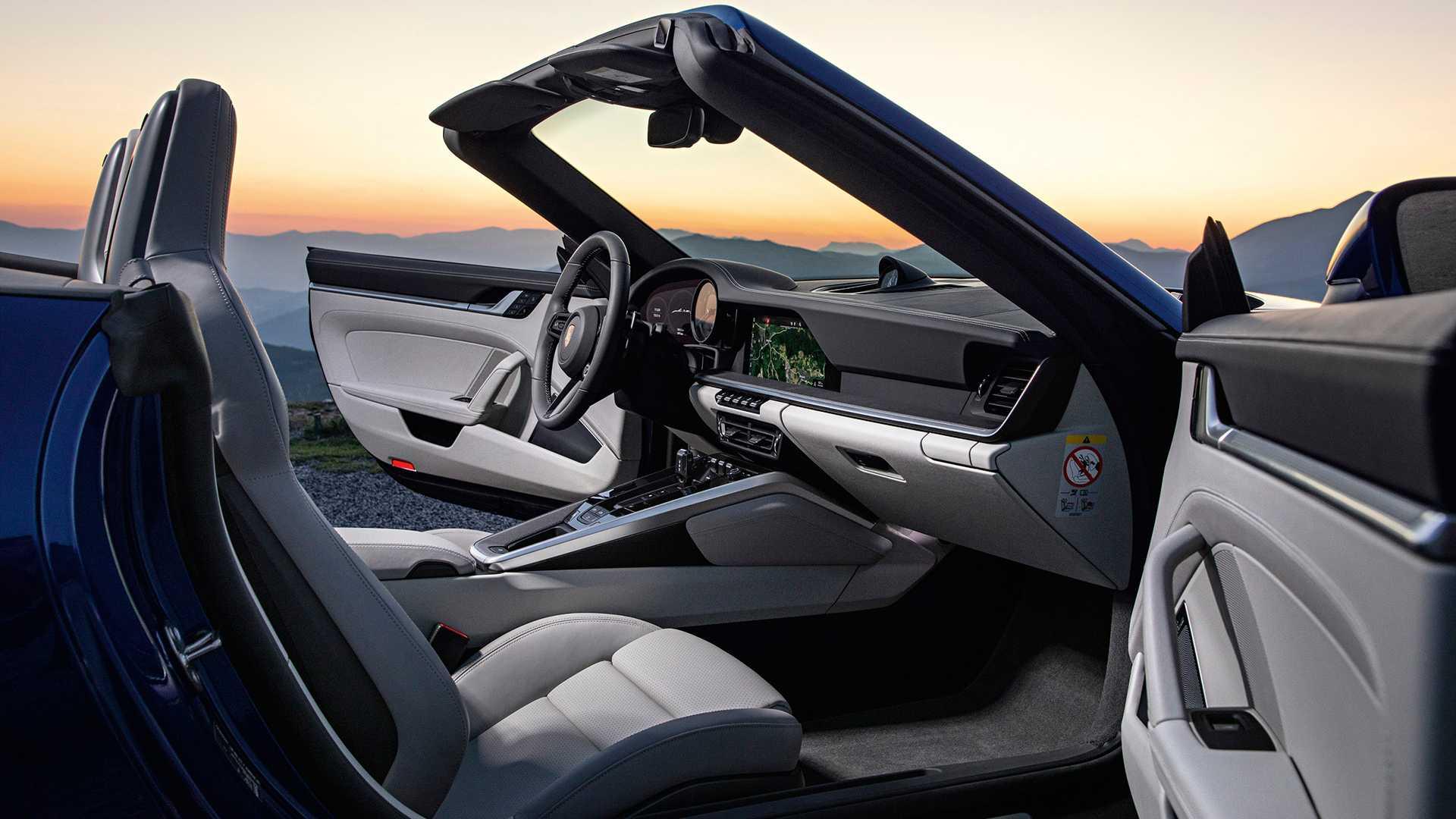 2020-porsche-911-cabriolet-trinh-lang-5.jpg