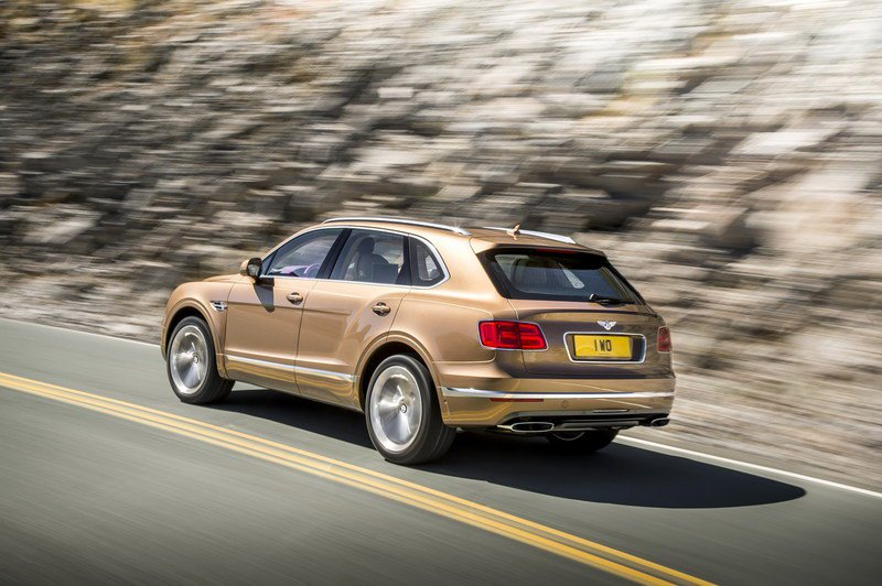 2016-bentley-bentayga-3.jpg