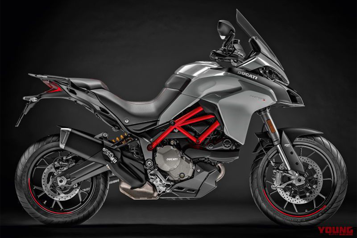 my19-multistrada-950-s-uc69966-high-800x535.jpg