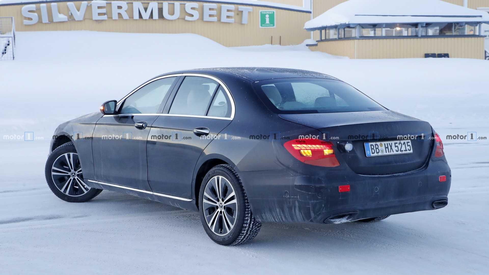 2020-mercedes-e-class-sedan-spy-photo-3.jpg