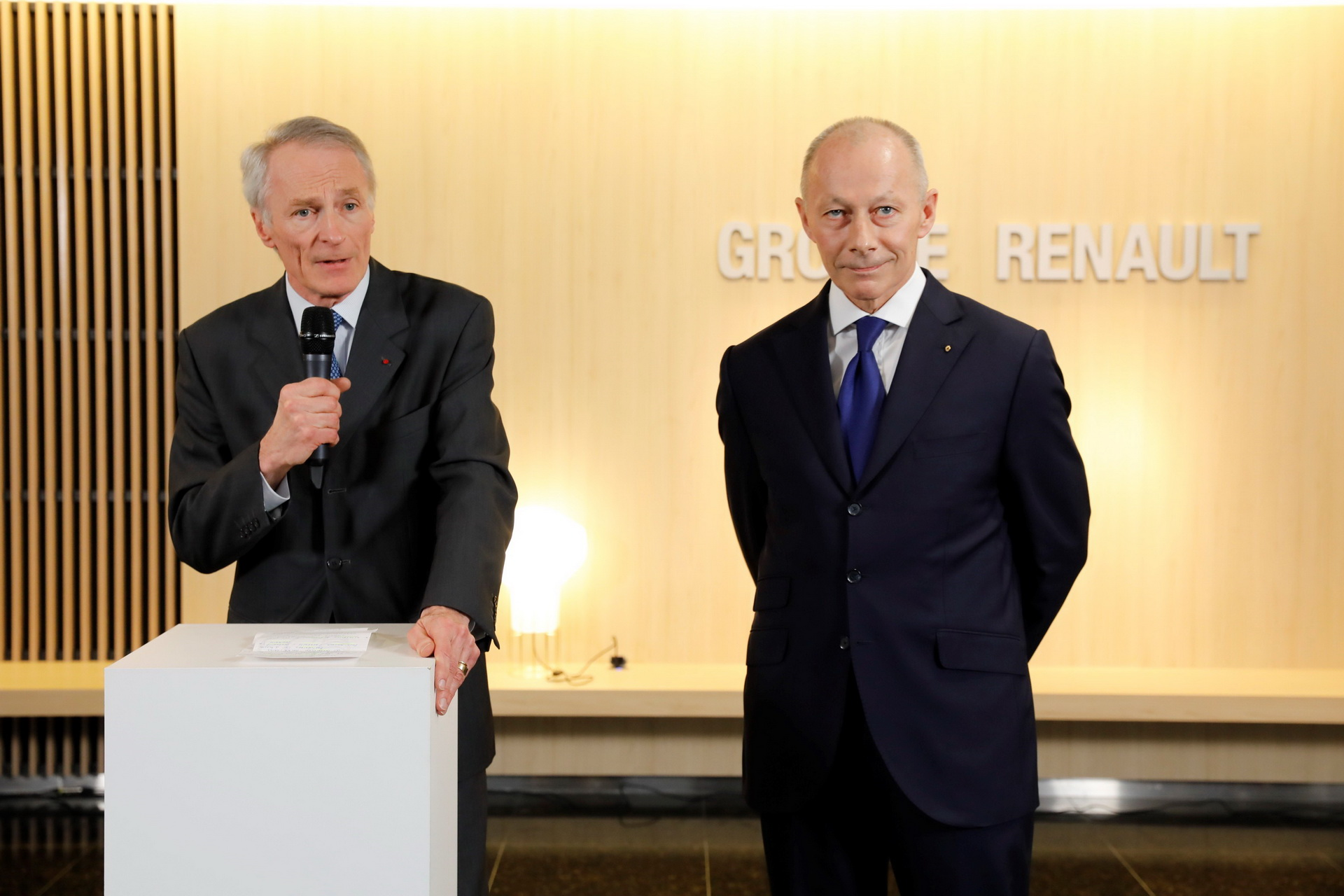 renault-jean-dominique-senard-and-thierry-bollore-2.jpg