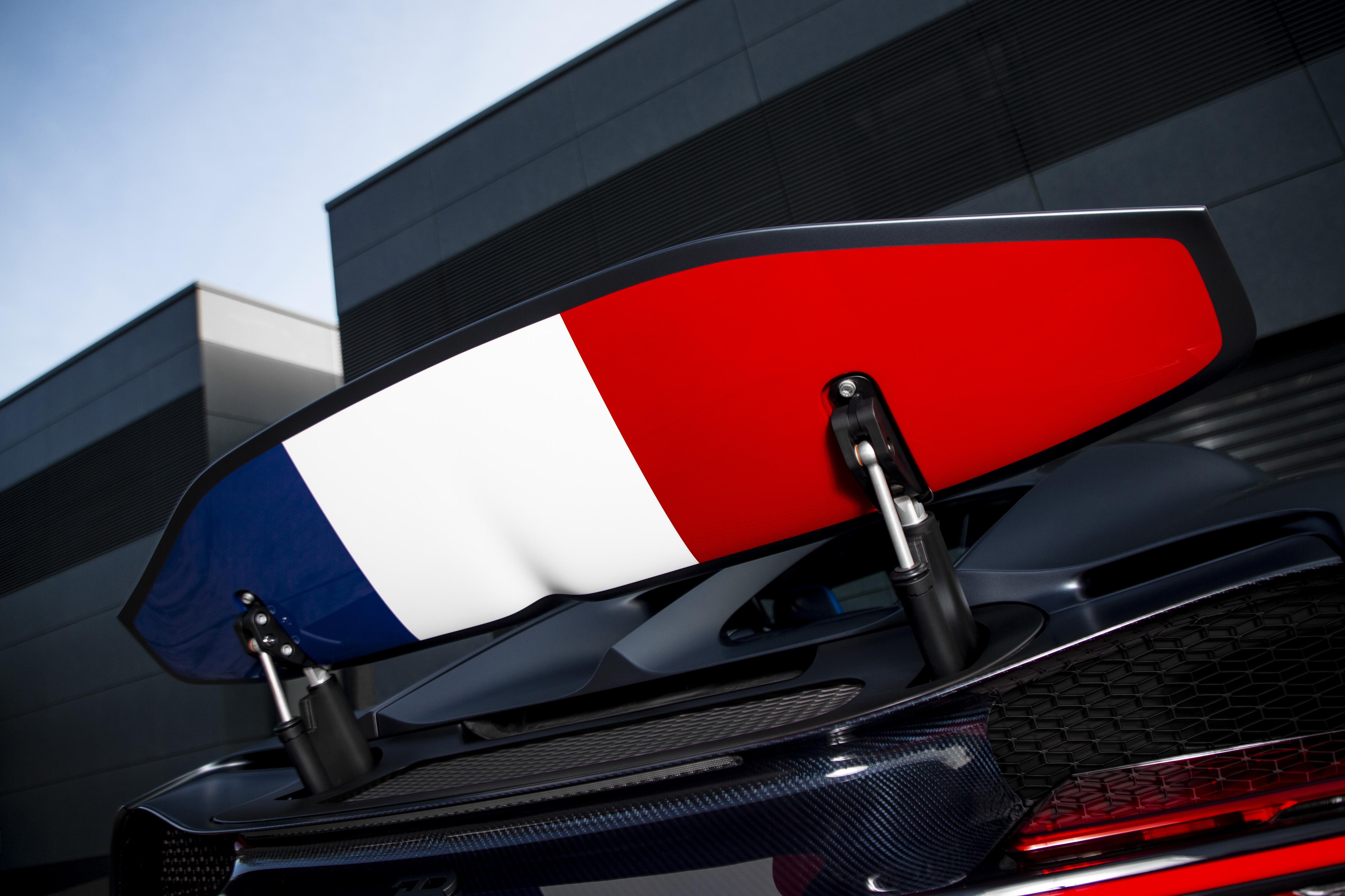 bugatti-chiron-sport-110-ans-bugatti-1.jpg