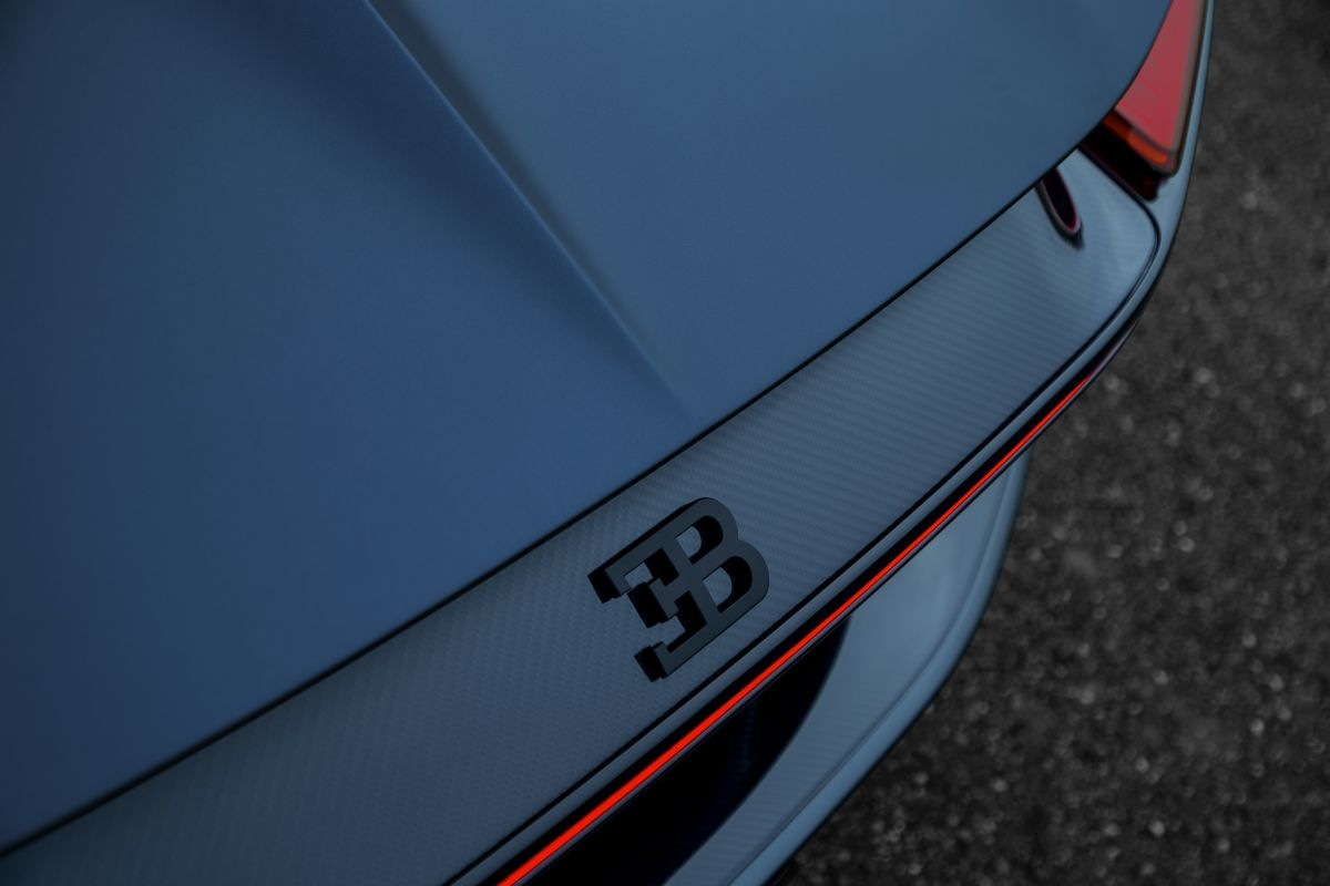 bugatti-chiron-sport-110-ans-bugatti-11-1200x800.jpg