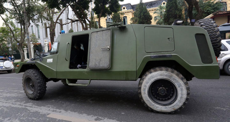 Xe Hummer, Ram bọc thép xuất quân bảo vệ Hội nghị Mỹ – Triều