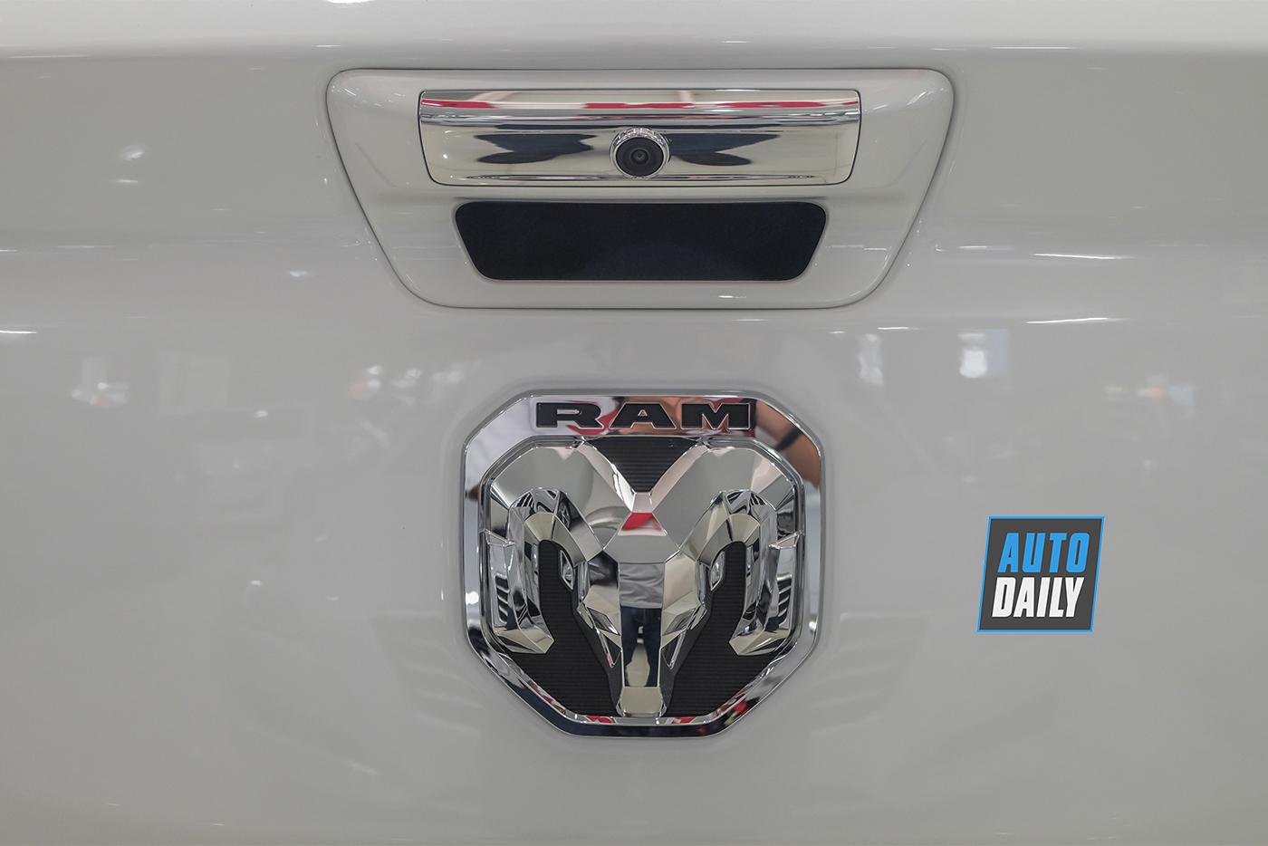 ram-1500-limited-2019-85.jpg
