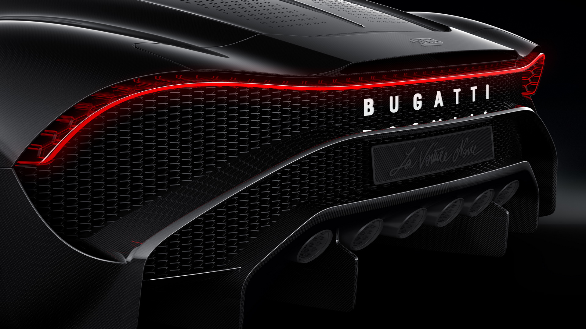 5b8e0d48-2019-bugatti-la-voiture-noire-6.jpg