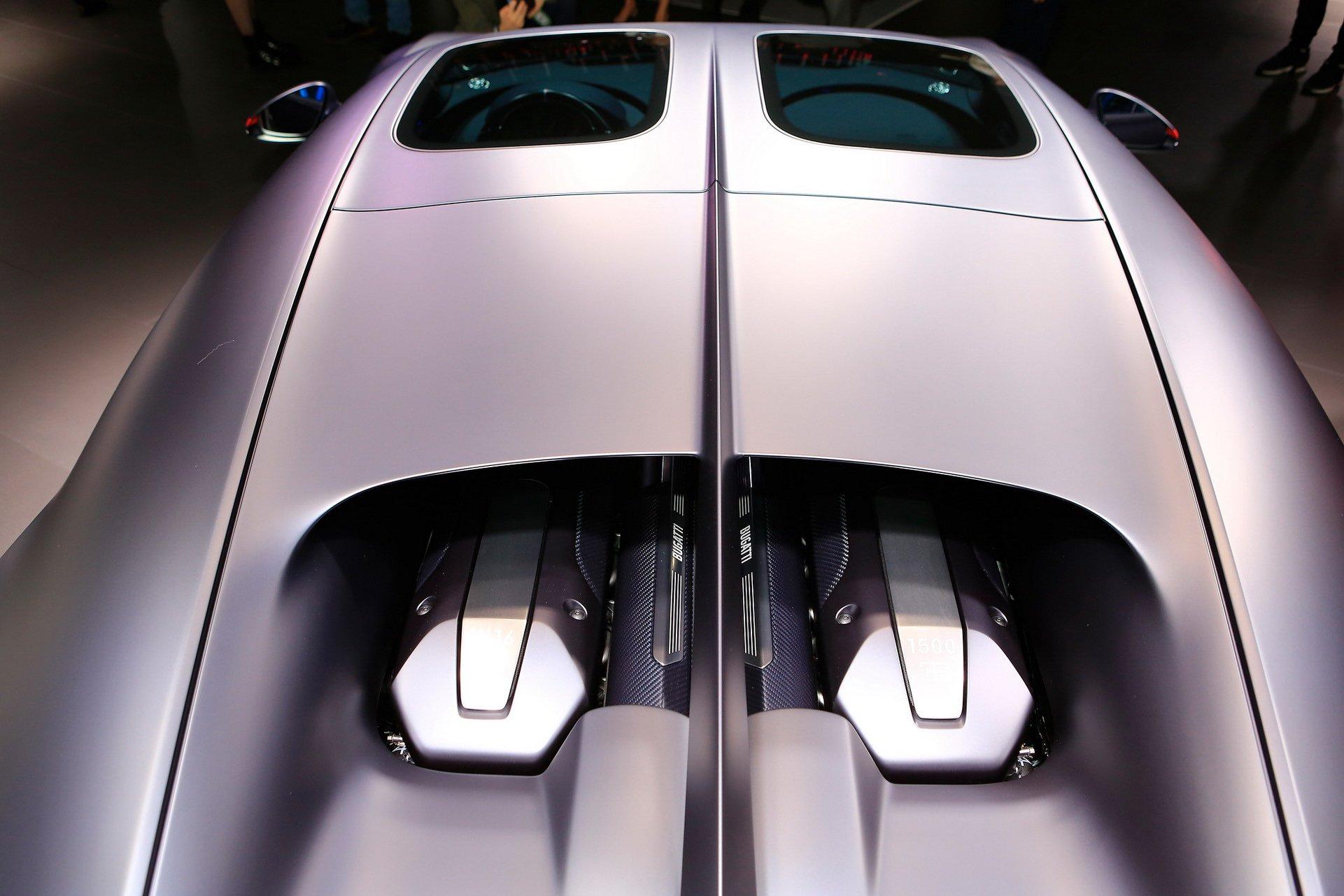 79129b1d-bugatti-chiron-sport-110-ans-10.jpg