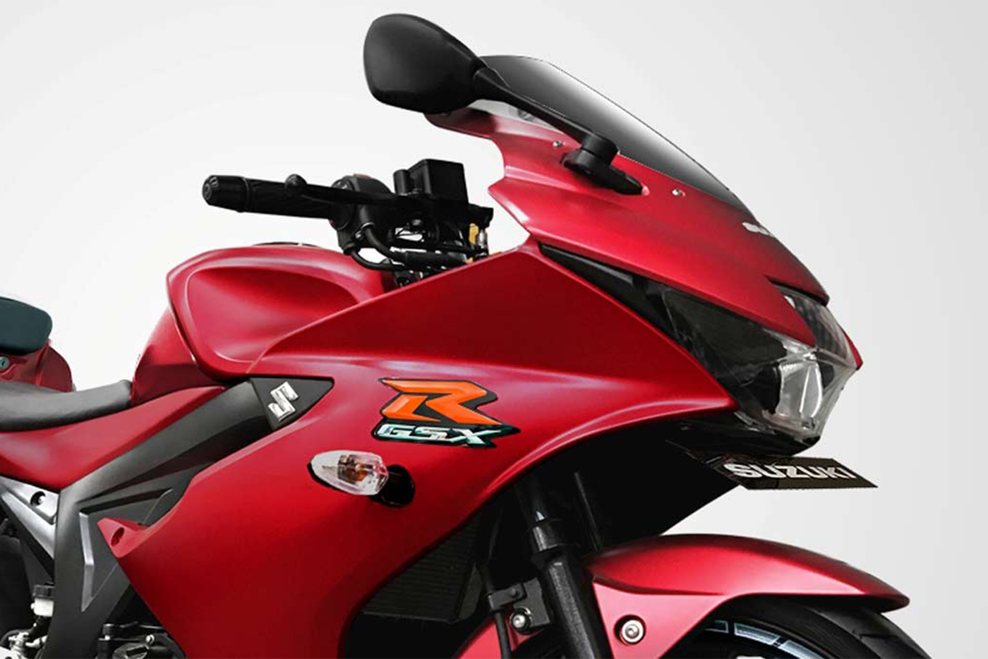suzuki-gsx-r150-matte-summer-red-5.jpg