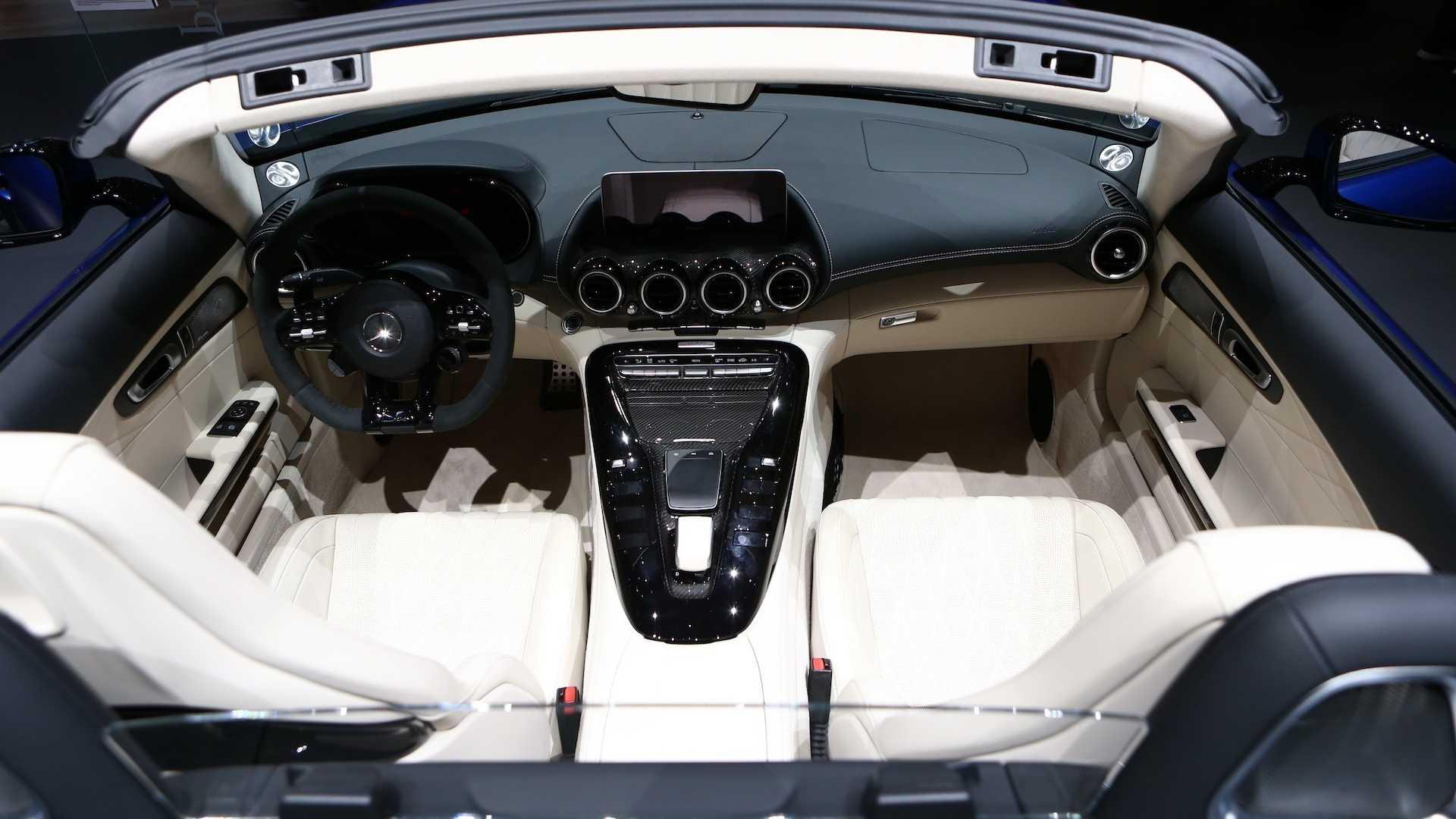 mercedes-amg-gt-r-roadster-4.jpg