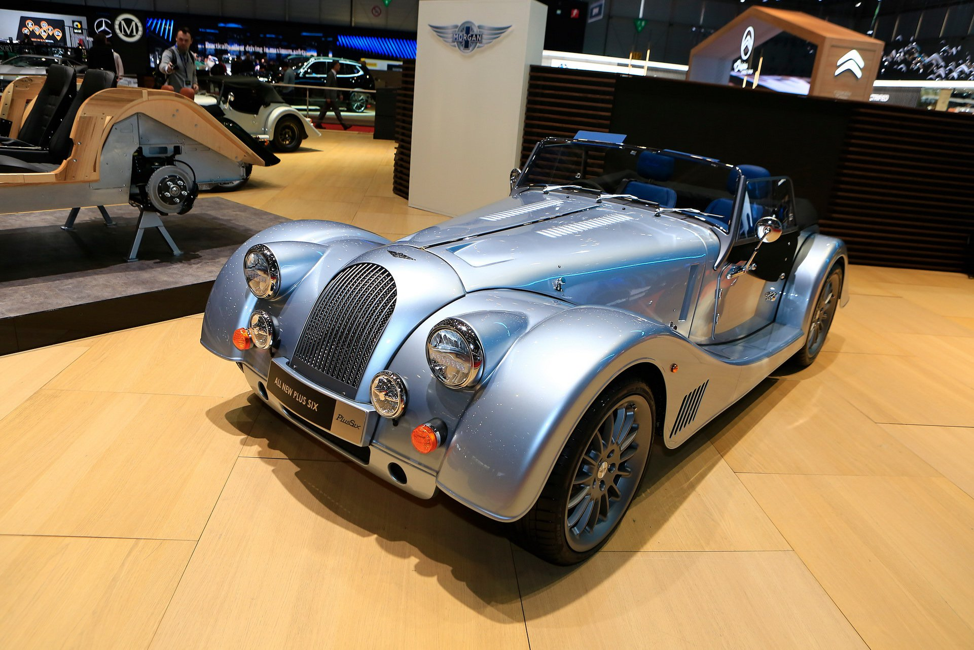 morgan-plus-six-11.jpg