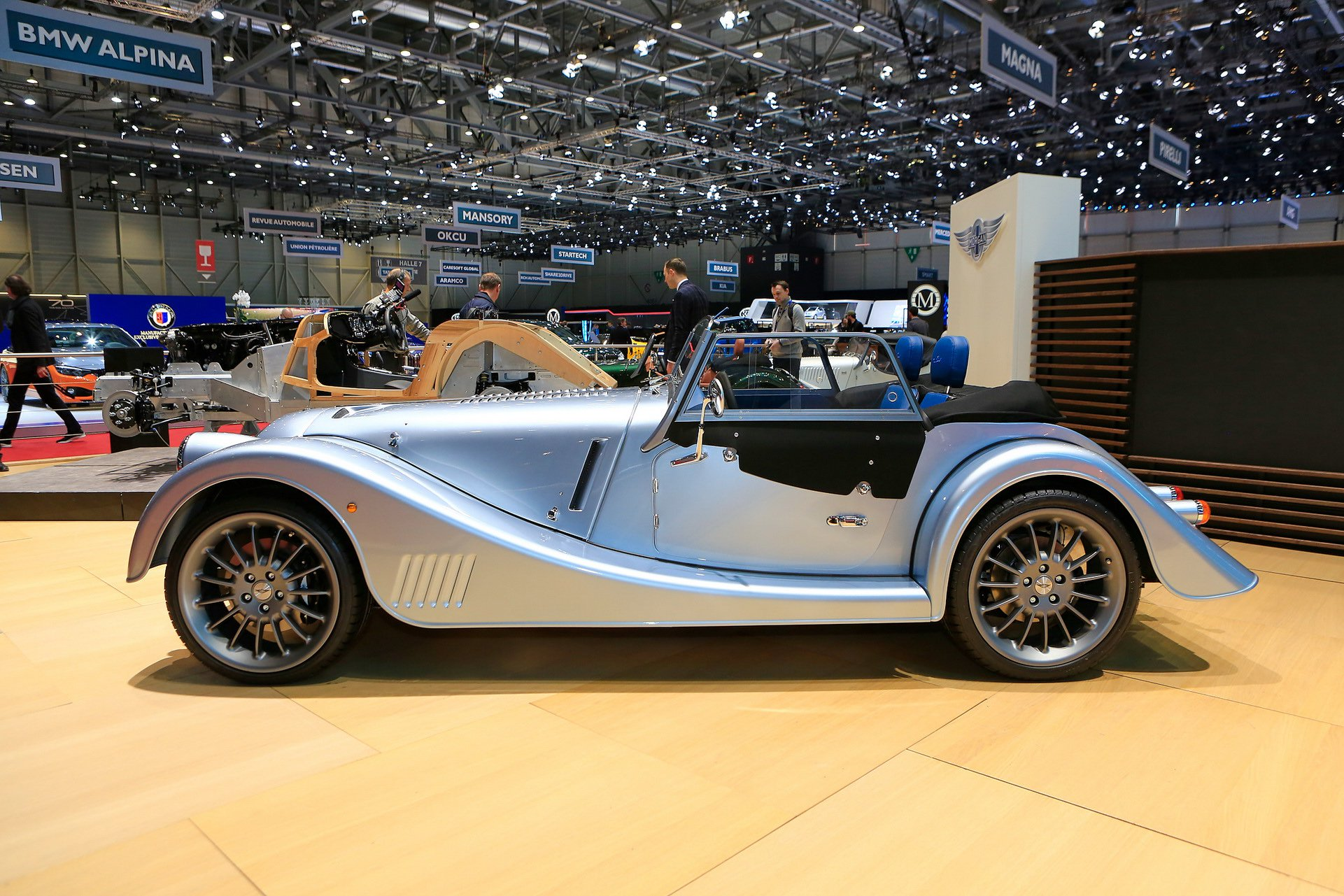 morgan-plus-six-13.jpg