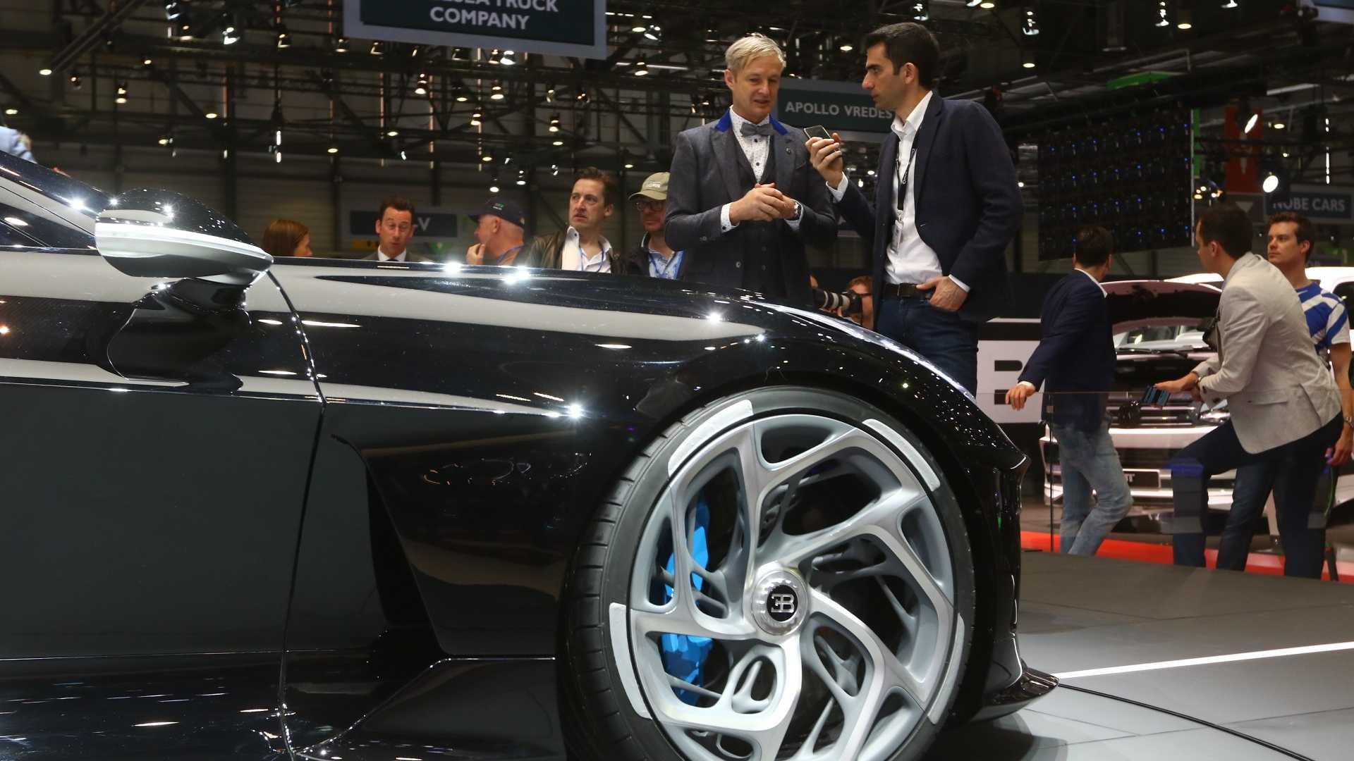 bugatti-la-voiture-noir-5.jpg