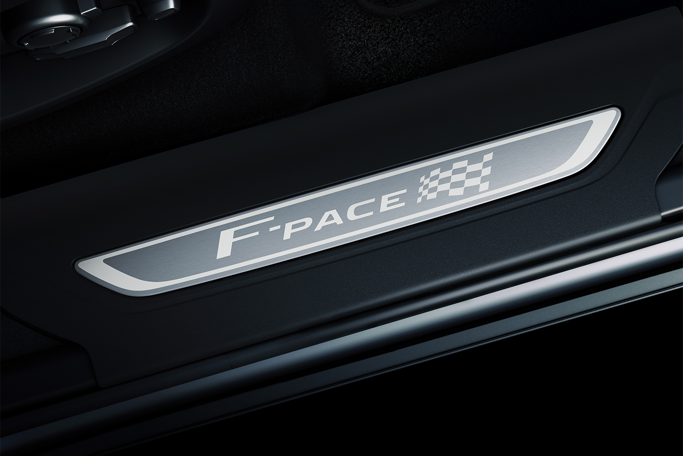 jag-f-pace-20my-chequered-flag-detail-190319-016-dx.jpg
