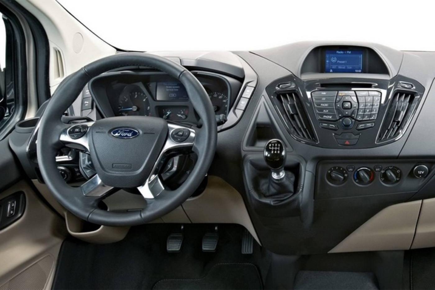2019-ford-tourneo-custom-review.jpg