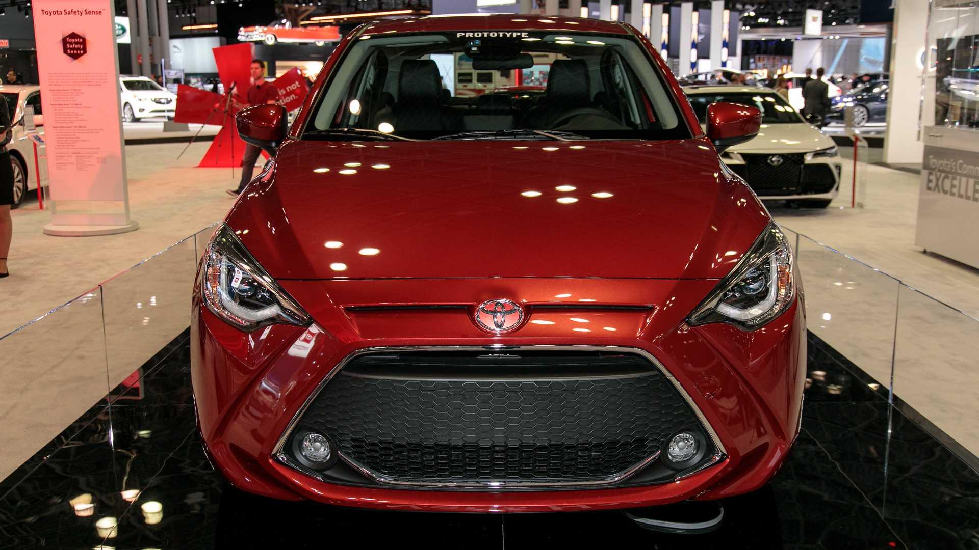 2020-toyota-yaris-hatchback-2.jpg