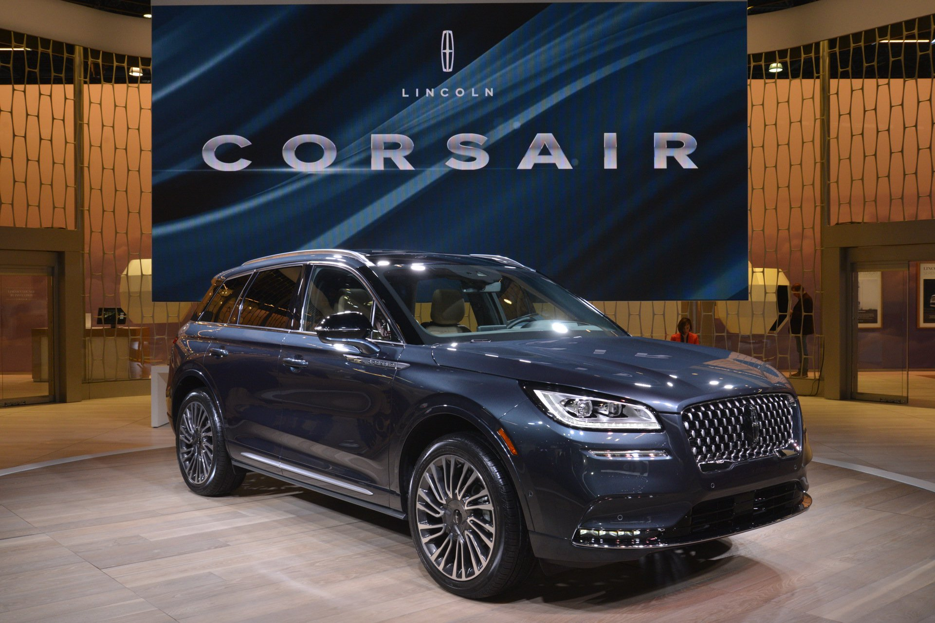 2020-lincoln-corsair-1.jpg