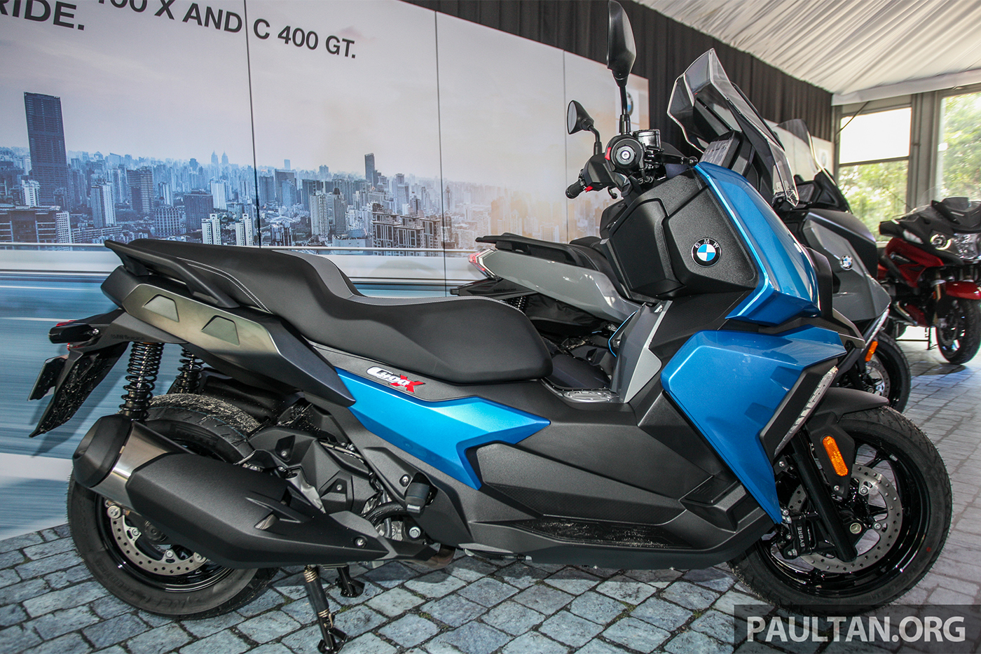 bmw-c400-x-launch-2.jpg