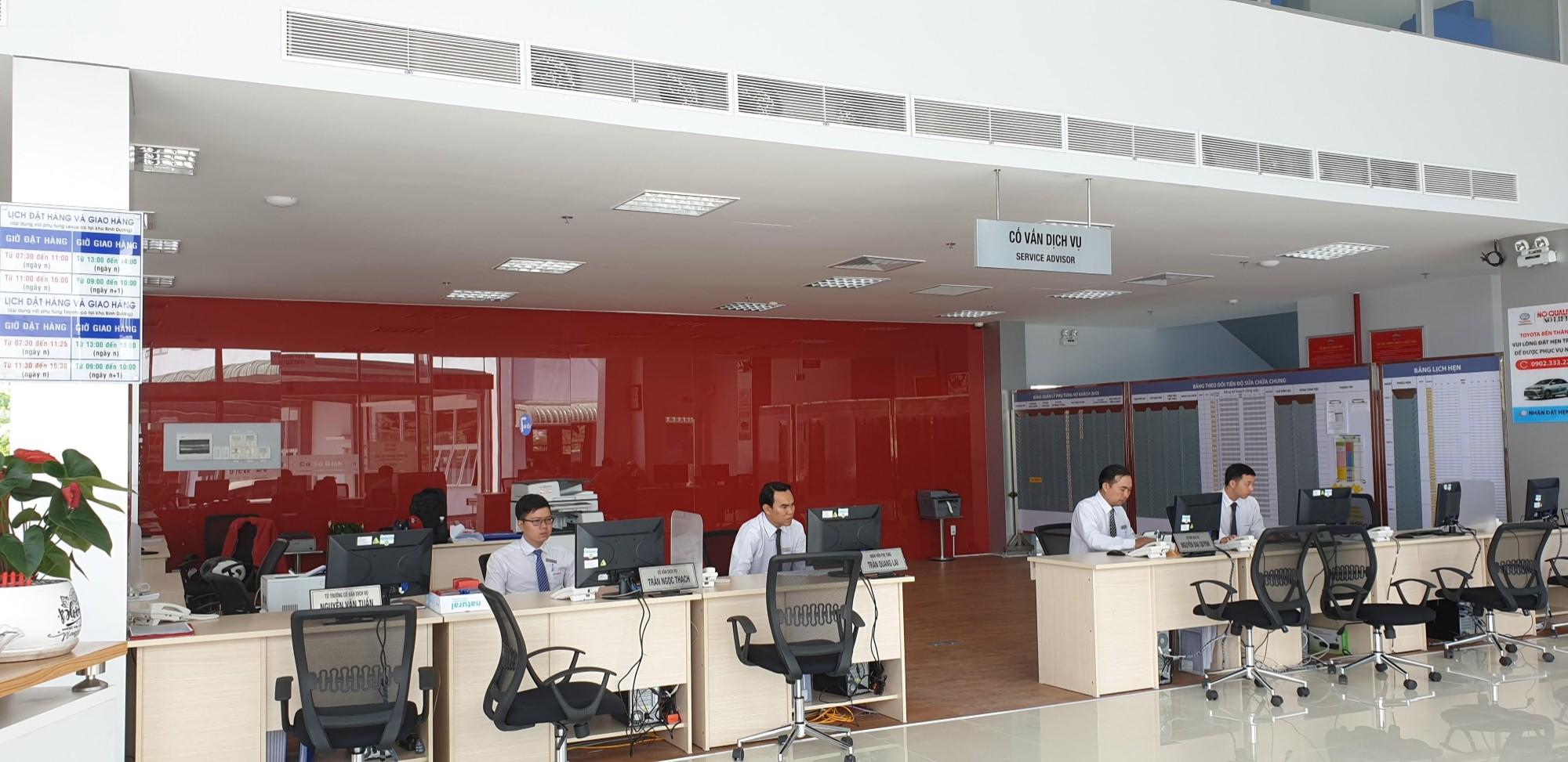 service-advisor-area.jpg