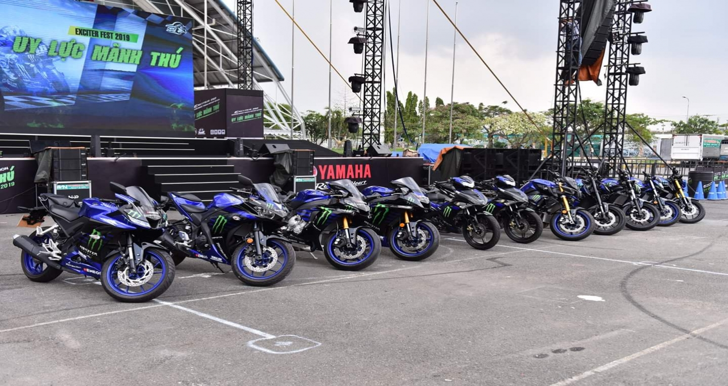 yamaha-monster-energy.jpg