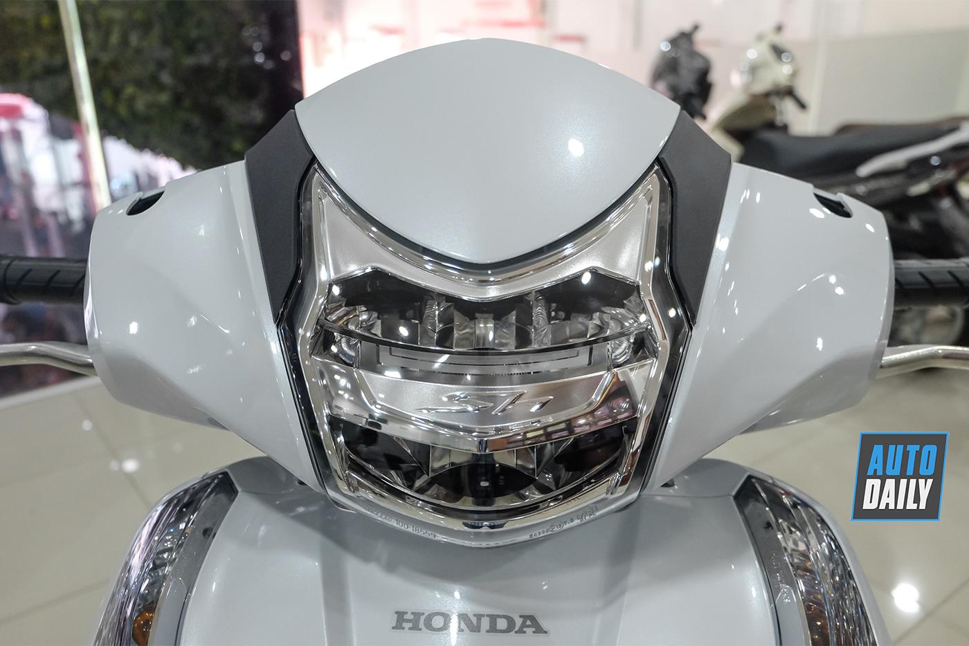 honda-sh300i-2019-2.jpg
