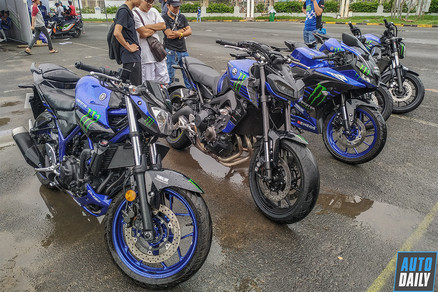 yamaha-monster-energy-12.jpg