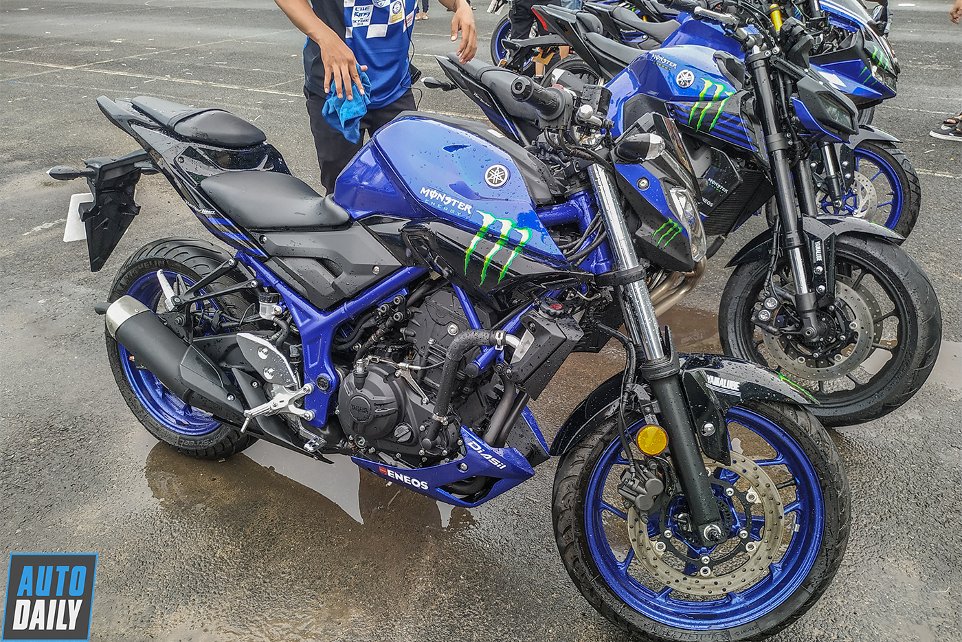 yamaha-monster-energy-16.jpg