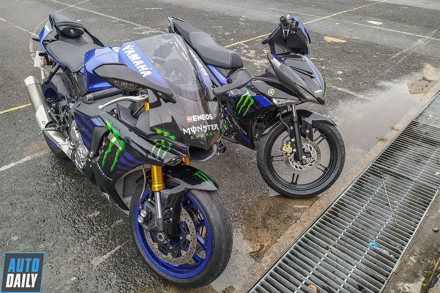 yamaha-monster-energy-2.jpg