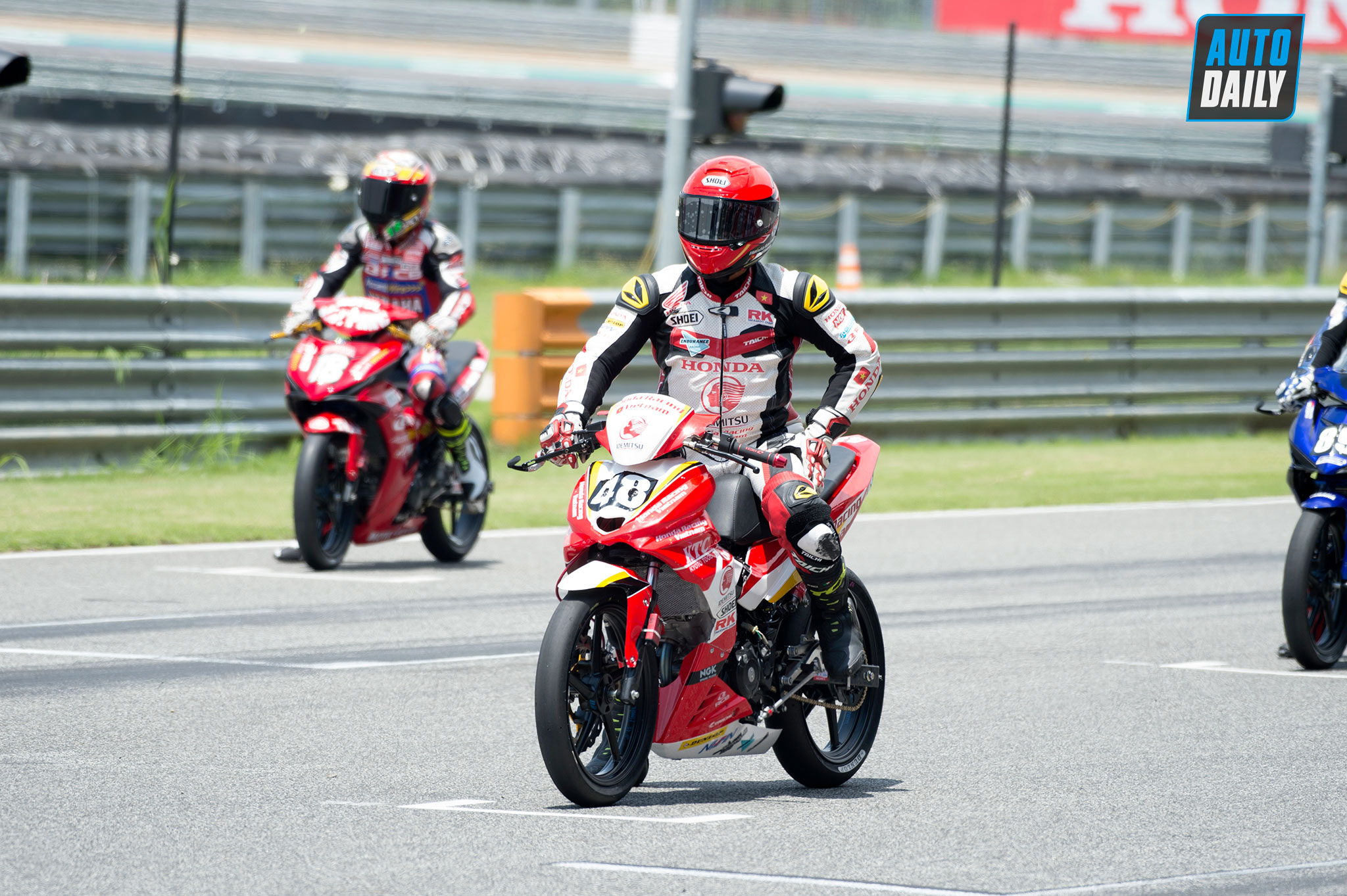 arrc-2019-round3-race1-010.jpg