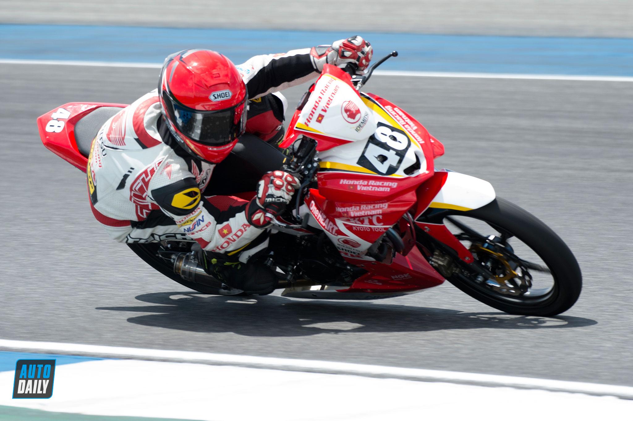 arrc-2019-round3-race1-015-1.jpg