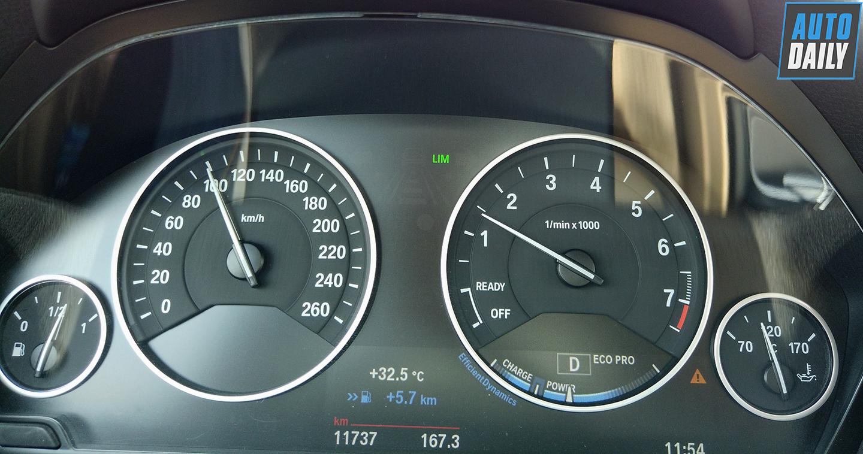 bmw-320i-autodaily-05.jpg