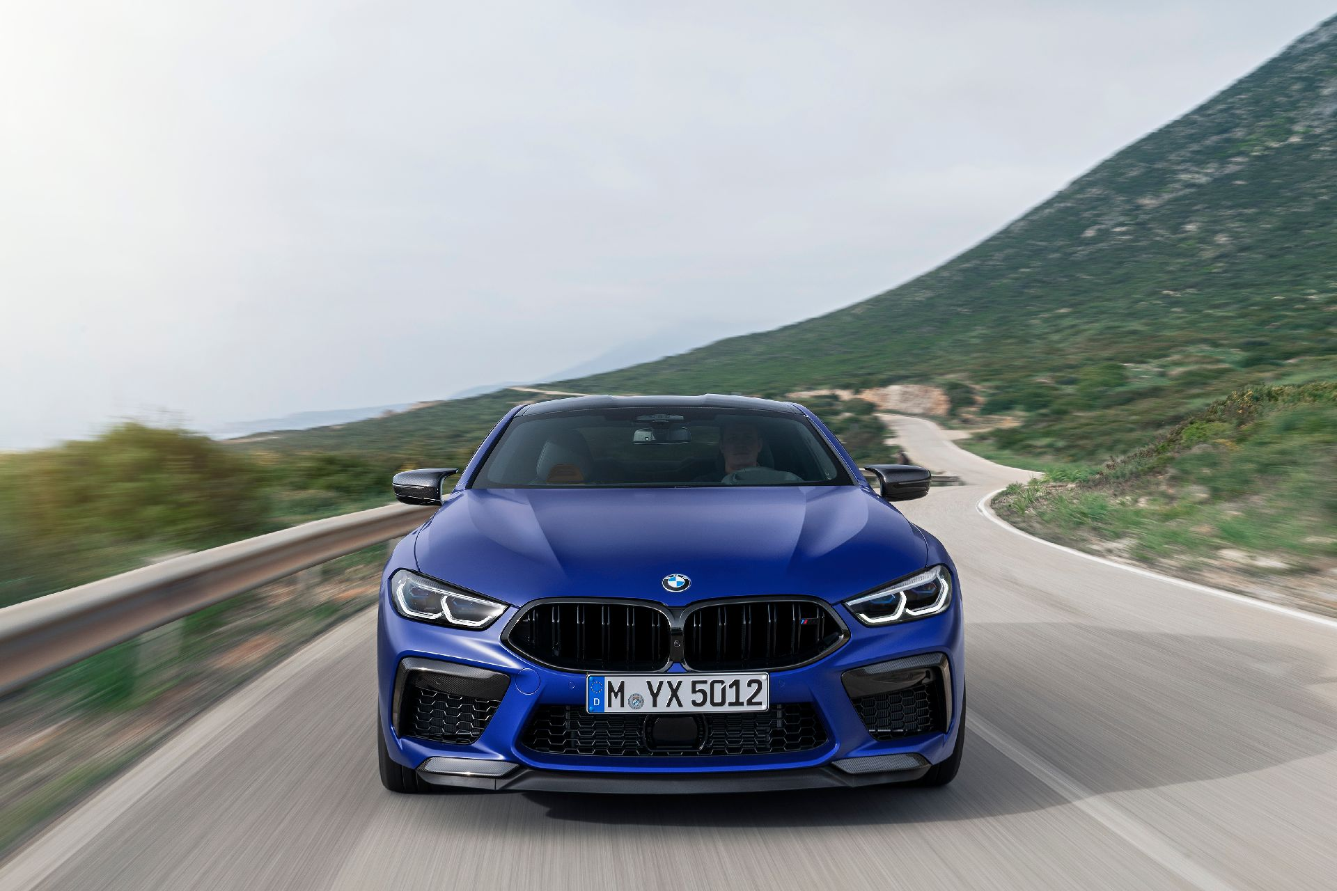 bmw-m8-coupe-15.jpg