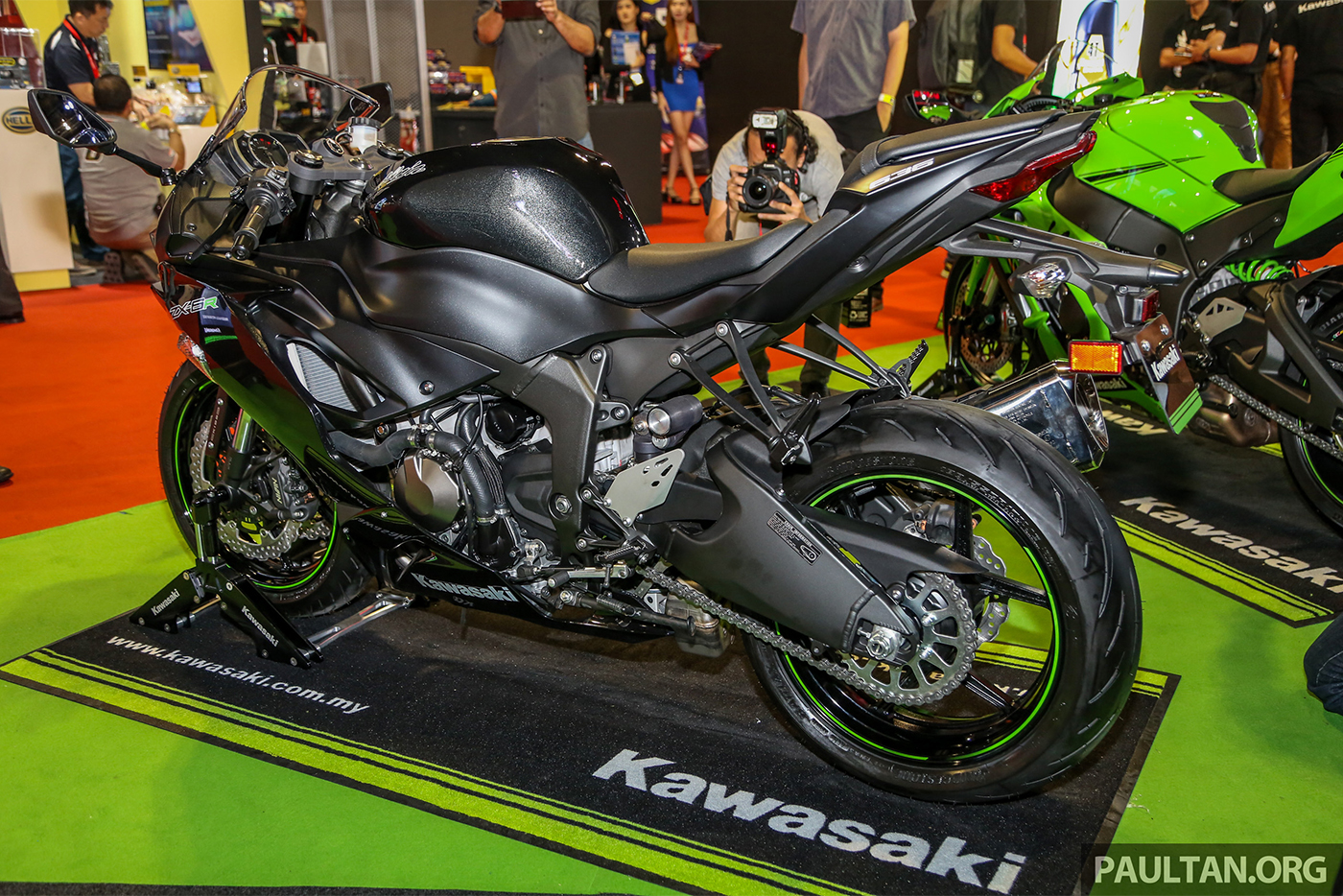 kawasaki-ninja-zx-6r-2019-4.jpg