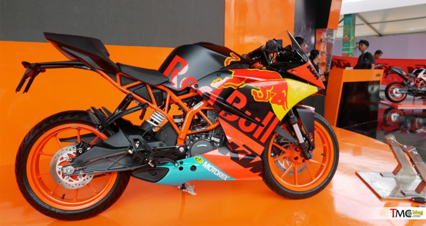 ktm-rc200-red-bull-motogp-2.jpg