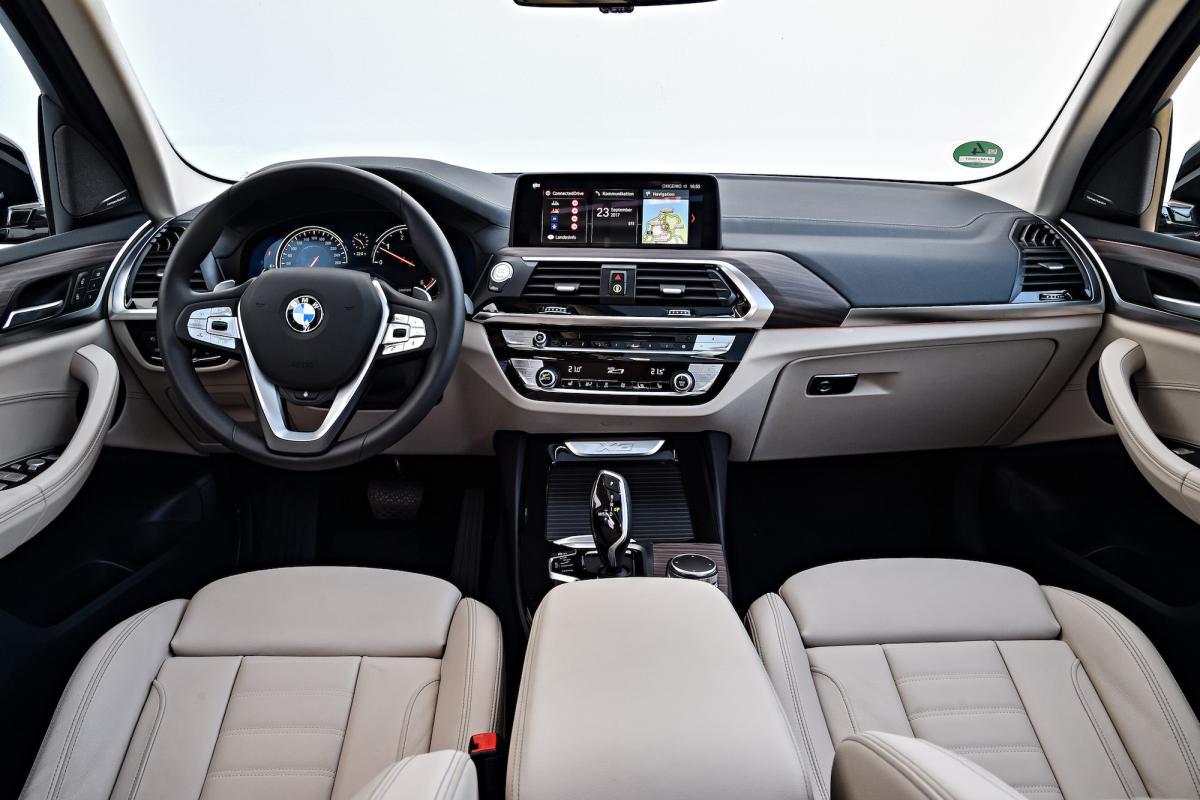2018-bmw-x3-interior-dashboard.jpg