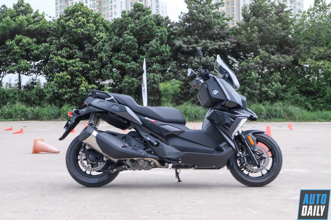 bmw-motorrad-c400x-5.jpg