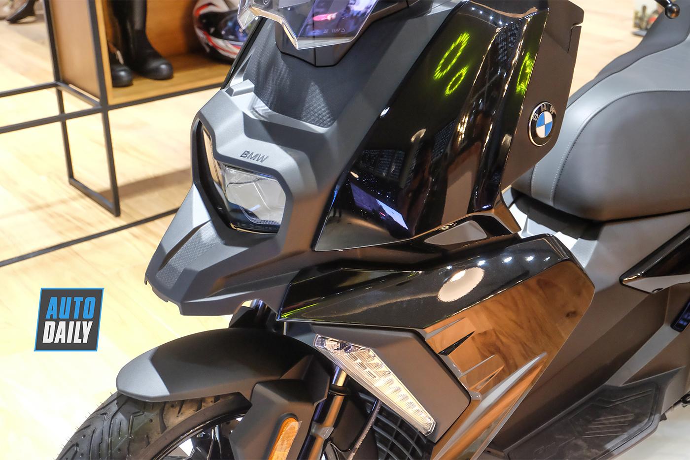 bmw-motorrad-c400x-22.jpg