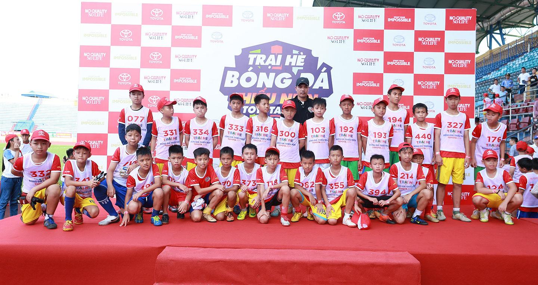 Khai mạc khóa tập huấn Trại hè Bóng đá thiếu niên Toyota 2019