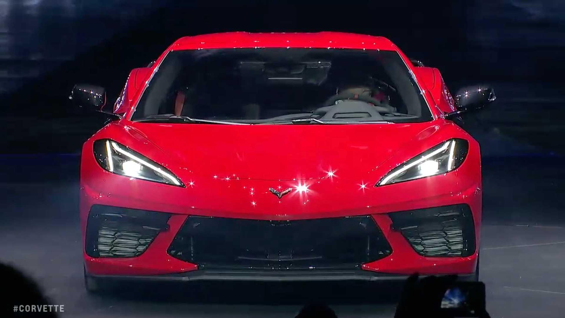 2020-chevrolet-corvette-stingray-2.jpg
