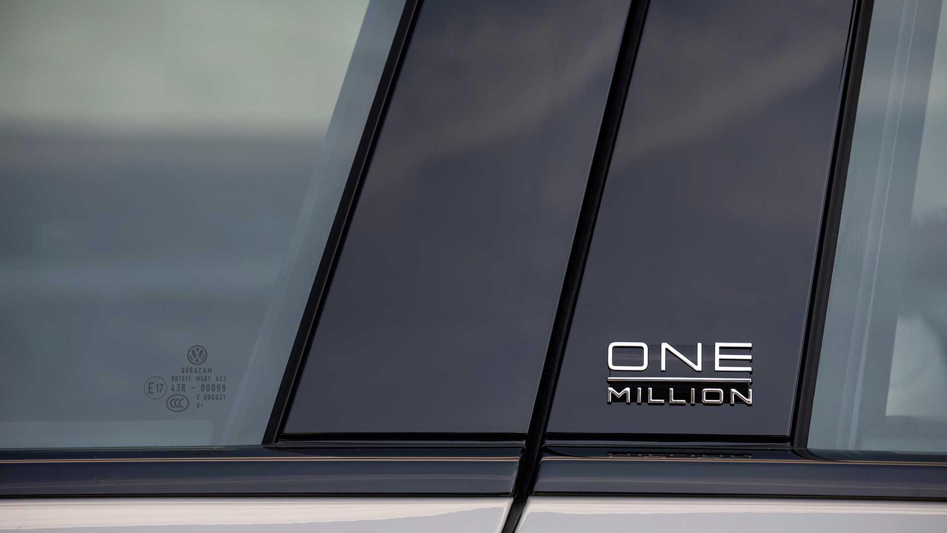 volkswagen-touareg-sondermodell-one-million-4.jpg